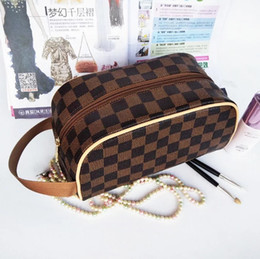 artistas de moda Desconto Atacado frete grátis Leve moda pu tecido saco de armazenamento com zíper para artistas / novo design atacado saco de cosmética