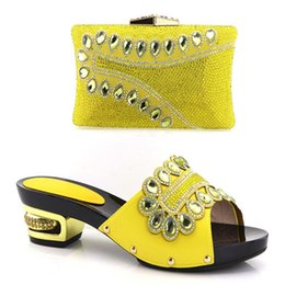 Wholesale Yellow Shoes Matching Bag - Hand Made Decorated Rhinestone Women Shoe and Bag Set in Italy Shoes And Bag Set African Sets Italian Matching Shoes YH-09