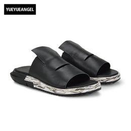 Новые корейские мужчины повседневная обувь онлайн-Slip On Men Casual Shoes Male Sandal New Fashion Genuine Leather Flat High Quality  Korean Style Thick Boom Large Size 45