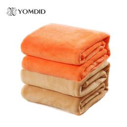Queen size manta Sofá de color sólido / ropa de cama Throws Franela Manta 200 * 230cm Invierno Warm Bedsheet 12 colores desde fabricantes