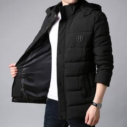 fbe527ddf00ad Çince Yeni erkek Kış Kore Pamuk Yastıklı Ceket Uzun Hoodies Coat Erkekler  Parka Siyah Kalın Kapitone
