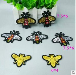 Wholesale accessories for clothes decoration - 3 styles Bee Patches Embroidery Iron On Patch Decoration Accessories Embroidered Patch For Clothing For T-shirt jacket patches