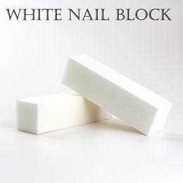 bloques de uñas blancas Rebajas Buena calidad venta al por mayor blanco pulido archivos de lijado bloque pedicura cuidado de manicura archivo de uñas Buffer para salón envío gratis