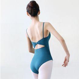 Vestuário de ballet feminino on-line-Ballet Spandex Sling Sexy Backless Dança Leotards Bailarina Ginástica Leotards Adulto Ballet Dance Wear Collant Para As Mulheres