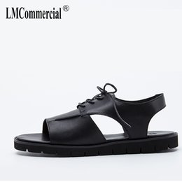 Wholesale British Matches - summer men's Genuine Leather sandals beach Sneakers Men Slippers Flip Flops Summer Shoes British retro all-match cowhide