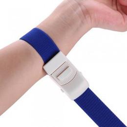 Tourniquet médical de boucle réglable sans latex et coloré pour l'urgence extérieure pour arrêter le saignement, 100pcs ? partir de fabricateur