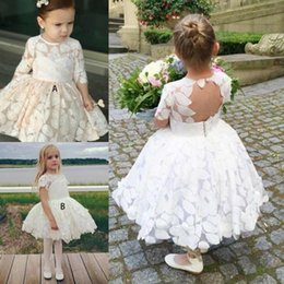 Wholesale two color pageant gown - Two Styles Lace Flower Girl Dresses 2018 Cute Knee Length Girls Communion Dress Birthday Pageant Gowns Keyhole Backless