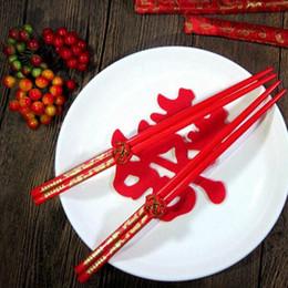 Bouquet cinese online-Bacchette di legno Classic Chinese Double Happiness Bacchette DragonPhoenix Printed Wedding Bouquet Souvenir Regalo