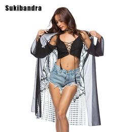 negro del kimono de la gasa Rebajas Sukibandra Summer Beach Cover Up Kimono Blusa de encaje larga gasa negra para mujeres Bohemia Bohemia Blusa de manga larga