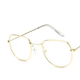 8c45984cf1 Óculos de Armação de Óculos de Moda de Ouro Preto de Metal Do Vintage Frame  Ótico Óculos de Leitura Mulheres Óculos Frames acessível moda óculos de  leitura ...