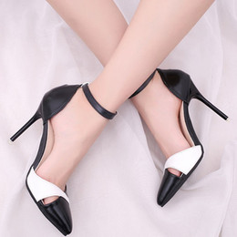 Correa de tobillo para mujer en blanco y negro de tacones altos Moda para mujeres  tacones de aguja en punta cerrada Bombas femeninas Zapatos ab38425fc00a