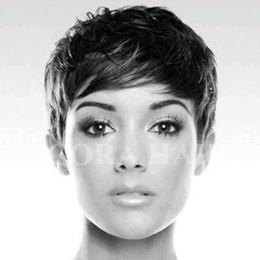 Rabatt Rihanna Kurze Haare Schneiden 2019 Rihanna Kurze Haare