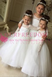 Wholesale first zipper made - 2018 Cute Long Sleeve Flower Girls Dresses For Garden Wedding Lace Appliques A Line Puffy Tulle Zipper Back First Communion Dresses Custom