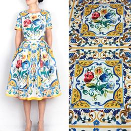 1 pieza 1.75 m tela china chine artesanías de mayólica imprime seda satén elástico vestido de las mujeres imitar seda tissu desde fabricantes