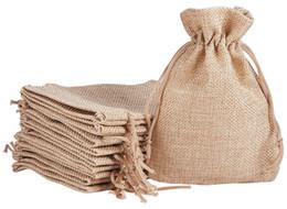 I sacchetti dei monili di iuta online-7x9cm 9x12cm 10x15cm 13x18cm Colore originale Mini Sacchetto di iuta Borsa di lino Canapa Gioielli Regalo borsa con coulisse Borse Per bomboniere, perline