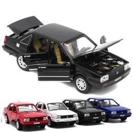 Vw modelli di auto online-1:32 Bambini Toy Car Lega Santana VW Automobile Classic Diecast in metallo Tirare indietro Automobili Modello Giocattoli per bambini 25 5hx WW