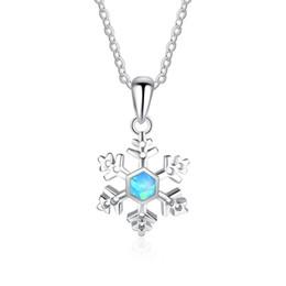 Opal diamant halskette anhänger online-New Blue Fire Opal Sky Thema Halskette Sterling Silber Schmuck Schneeflocke Weihnachtsgeschenk Design Anhänger Halsketten American Diamond Halskette