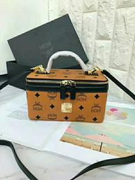2019 kits de embrague al por mayor 2018 venta de nuevas mujeres bolsa de Cosméticos bolsos de moda de lujo billetera para mujer Diseñador bolsas Solo bolso de hombro Cosmético bagfree envío M-C01