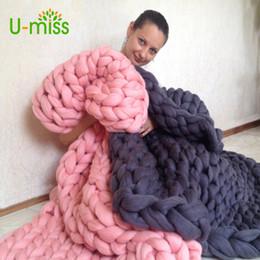2020 merino lã tricô U-miss Moda Fio Grosso Merino Lã Tricô Cobertor Macio Outono e Inverno Quente Mão Chunky Malha Sofá Cobertor merino lã tricô barato
