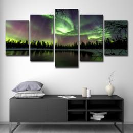 Pitture paesaggistiche online-5 PCS tela HD stampa Dipinti Home Decor Modular Immagini Framework 5 Pezzi Green Forest Aurora Lago Alberi Scenario Poster Wall Art