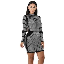 Argentina Impresión digital de alta calidad vestido de manga larga otoño e invierno nuevo paquete cadera cintura alta falda lápiz Suministro