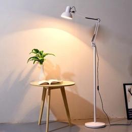 2019 lámpara de pie para sala de estudio Lámpara de piso simple dormitorio sala de estar led plegable lámpara vertical de aterrizaje moderno estudio de belleza café rebajas lámpara de pie para sala de estudio