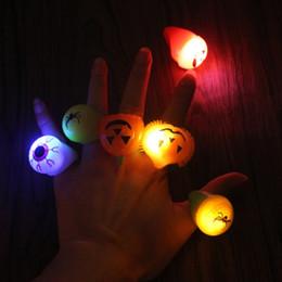 Wholesale Eyeball Rings - Soft LED Light Up Flashing Eyeball Pumpkin Jelly Finger Ring Glow Light Halloween Toy Gift Party