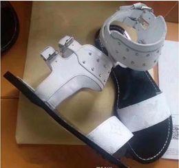 Wholesale party golden sandals - Luxury Brand Ladies Canvas Gladiator Style Flats Shoes Buckle Strap Woman Sandals Golden Studs Genuine Leather Fashion Dress Shoes 3 Colors