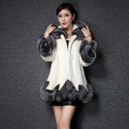 7d34d3885592 Mulheres Casaco De Pele Artificial 2018 Design de Inverno Imitação de Pele  De Raposa Casaco Vison Europa Mulheres de Luxo Longo Estilo Faux Para  casacos de ...