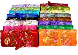 10 pcs par lot Style de mode Femmes Bijoux Rouleau Voyage Stockage main-Broderie satin Sac Chinois Soie Emballage Pochettes couleurs mélangées ? partir de fabricateur
