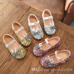 оптовые платья для девочек Скидка Лучшие продажи новых девушек кожаные ботинки 2018 весной дети бобовые Доу алмазные танцевальные туфли