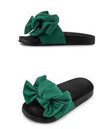 Wholesale girls sandals size 12 - 2018 new children's slippers summer parent-child bow child slippers female home bathroom sandals discount A84