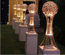 высокие кристаллические центральные детали Скидка Стенд H27in Глобус свадебного стола событие высокорослые центральные серебро или золото ,Кристалл металлический шар подсвечник