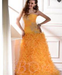 Langes weißes trägerloses mantelkleid online-Lange Spalte Mantel Rüschen trägerlosen langen Abendkleid