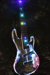 Neue Fabrik Shop 5 Saiten Kristall E-Bass Gitarre-Acryl E-Bass Gitarre mit Multicolor LED-Licht von Fabrikanten