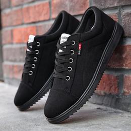 homens adultos acendem sapatos Desconto 2019 Homens Sapatos Casuais Lace Up Homens Sapatos Slip On Mens Tênis Moda Masculina Adulto Calçado Light Walking Plus Size 45
