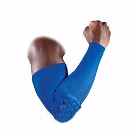 Wholesale arm basketball - Mens Sport Basketball Shooting Honeycomb Elbow Pads Protector Support Guard Elastic Compression Arm Sleeve Warmers
