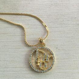Argentina Nueva marca de joyería 316L titanio acero 18 K oro rosa plateado collar cadena corta collar de plata colgante para pareja regalo de moda supplier couples names Suministro