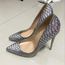 Tacchi alti online-Europa e Stati Uniti 2018 autunno e inverno nuova pelle di serpente d'argento sharp scarpe a punta tacco alto scarpe di marca singola scarpa 12cm