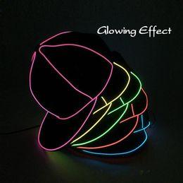 cappelli fluorescenti cappelli Sconti EL Wire Cap 10 Colori Neon LED Light Hats Glow Costume Party Cappellino luminoso Fluorescente Festa da ballo Cappelli OOA5645