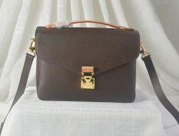 Lüks Kahverengi mono moda klasik bayan çantası Deri poşet omuz crossbody M40780 Avrupa iş çanta nereden avrupa lüks çantalar tedarikçiler
