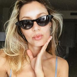 Lente vermelha de vinho on-line-Marca Designer Bonito Sexy Cat Eye Sunglasses Mulheres Pequeno Quadro Nova Chegada 2018 Luxo Amarelo Red Lens Vinho Óculos Partido Shades