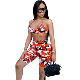 Tarnung online-Camo Sexy Zweiteiler Sommer-Outfits Strapless Crop Top und Shorts Anzüge Passende Produkte 2pcs Frauen Tarnung Anzug weiblich