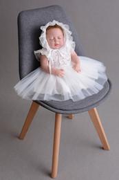 Argentina Vestido de boda de la princesa del mes de encaje de las muchachas del bebé de la Navidad con las capas blancas del bautismo del casquillo capas de bautizo de Halloween regalo de cumpleaños cheap red lace christmas dress Suministro