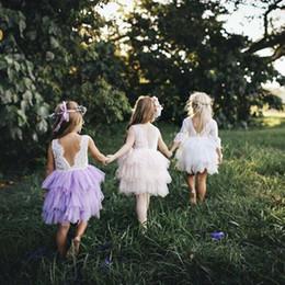 la ropa se envía Rebajas Vestido de tutú para niñas Princesa de encaje Volver V cuello cuello vestidos Envío de la fiesta sin mangas Regalo de cumpleaños Boutique Ropa para niñas 2018 Verano 1-5T