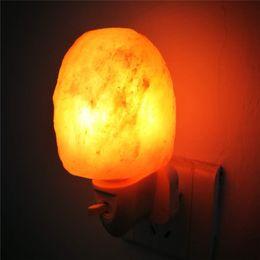2019 lámparas de sal del himalaya Forma de huevo Rorate Himalayan Salt Lamp Purificador de aire Crystal Salt Rock Lámpara de noche Luz de noche Pasillo Dormitorio Decoración para el hogar EE. UU. Enchufe de la UE lámparas de sal del himalaya baratos