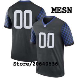 Barato Custom Kentucky Wildcats College jersey Mens Mujeres Juventud Niños Personalizados Cualquier número de cualquier nombre cosido Negro Azul camisetas de fútbol desde fabricantes