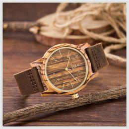 relojes baratos a mano Rebajas Moda y buen uso Tiempo libre Relojes de pulsera de cuero de cuarzo de cuero de lujo de las mujeres de los hombres de lujo de Brown de los hombres