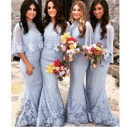 Correas espaguetis cariño, encaje azul sirena con encaje vestidos de dama de honor con apliques de gasa chal y encaje dobladillo desde fabricantes