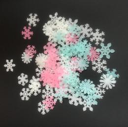 2019 виниловый виниловый винил Снег наклейки наклейка световой стикер спальня Home Decor детские дети DIY светятся в темноте флуоресцентные 3 цвета настенная Звезда наклейки Рождество